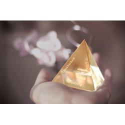 """""""Die Goldene Pyramide"""" aus Glas"""